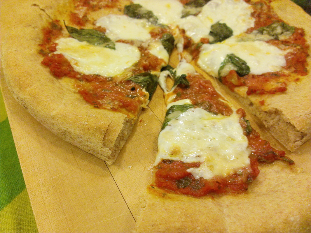 Margarita Pizza. Recipe on Creating a Curated Life (creatingacuratedlife.com)